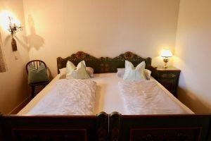 Schlafzimmer 2 Bett 2,00 m x 2,00 m | Laubenstein