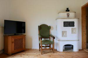 Kamin und TV im Wohnzimmer | Laubenstein